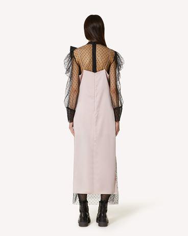 REDValentino The Black Tag。<br>- 垂顺缎面连衣裙配蕾丝