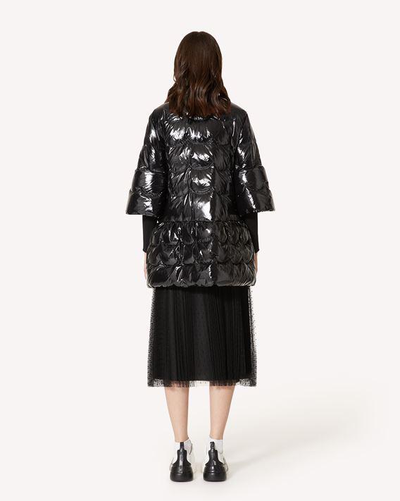REDValentino 扇形缝线漆面尼龙羽绒夹克